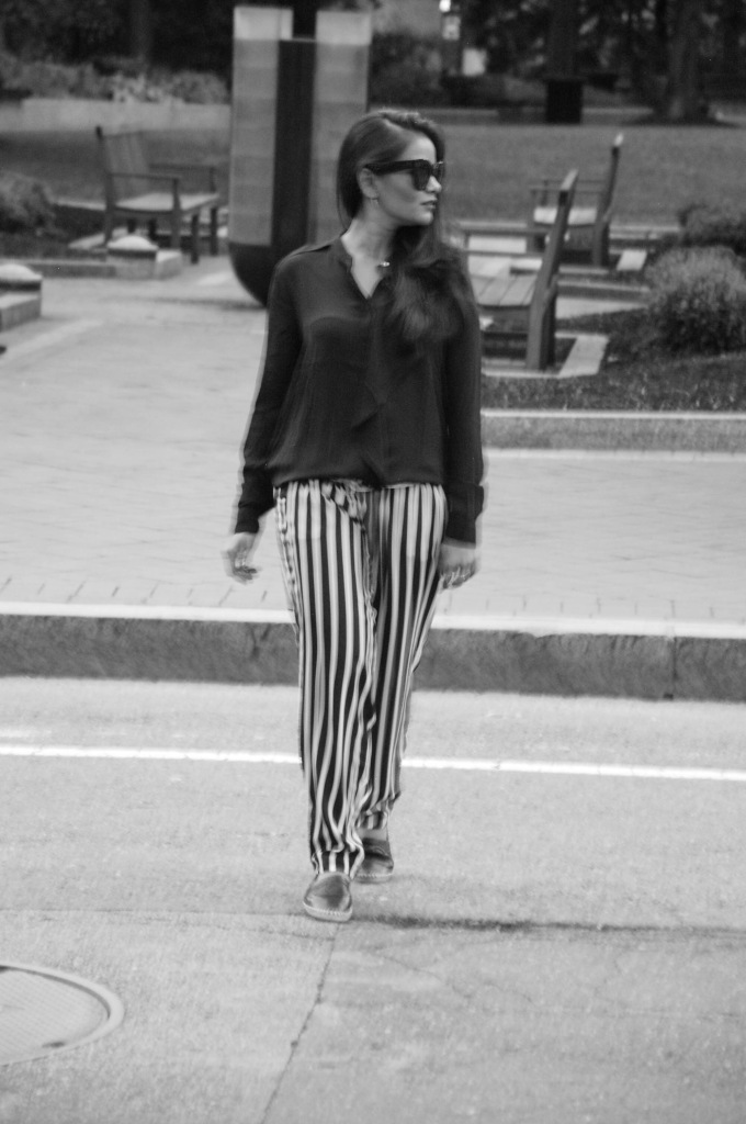 Love Playing Dressup_striped trousers 6