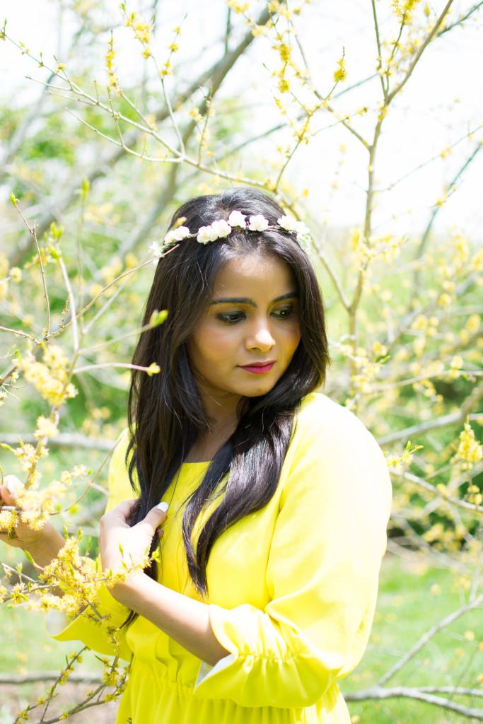 LovePlayingDressup_NehaGandhi_Pioldress_flowercrown_Mothersday_yellowdress_ootd-2