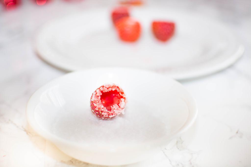 LovePlayingDressup-StrawberryJelloShots-Drinks-Recipe-Vodka-HolidayRecipe3