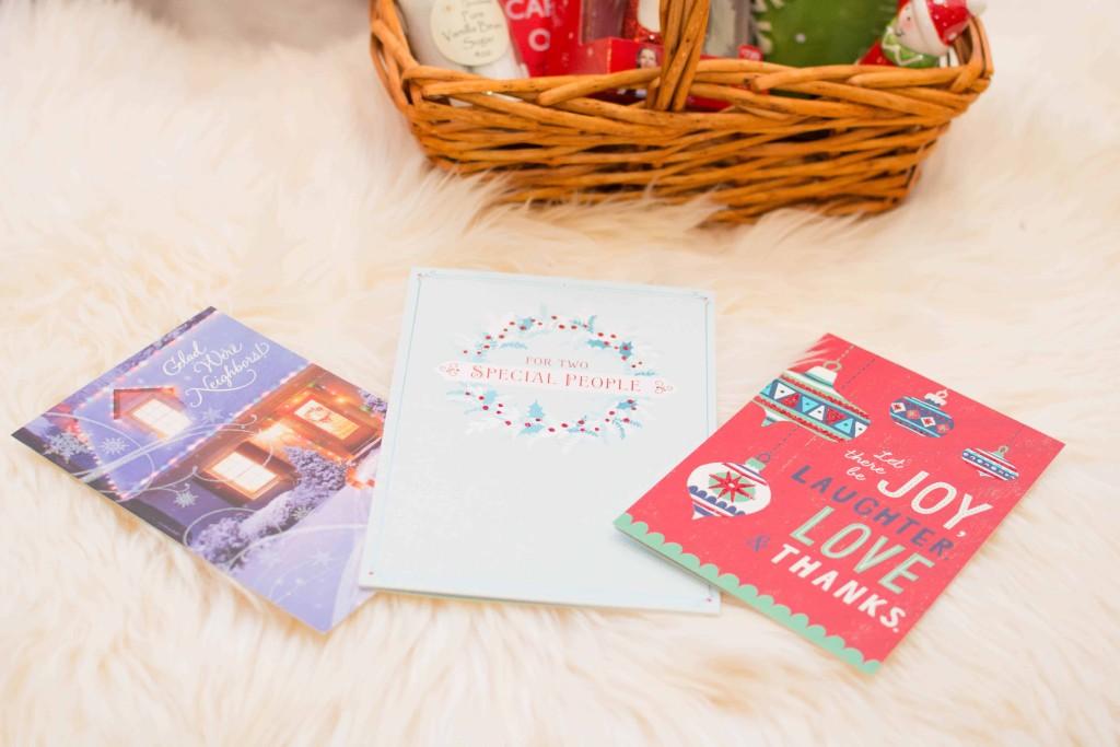 LovePlayingDressup-BestPeppermintWhiteHotChocolate-HolidayDrink-Hallmark-Cards-Blogger-HolidayInspiration-WhiteChristmasTree-NehaGandhi-12