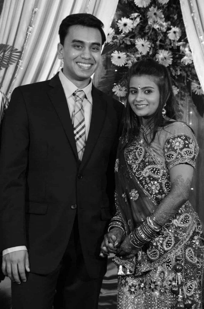 LOVEPLAYINGDRESSUP-Neha-Gandhi-Marriage-Anniversary-10