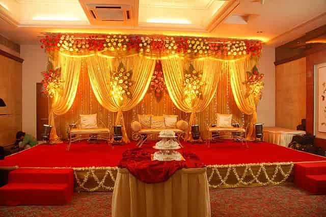 LOVEPLAYINGDRESSUP-Neha-Gandhi-Marriage-Anniversary-13