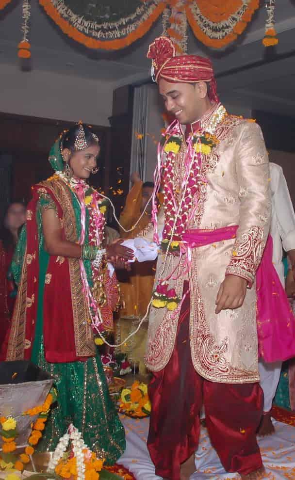 LOVEPLAYINGDRESSUP-Neha-Gandhi-Marriage-Anniversary-20