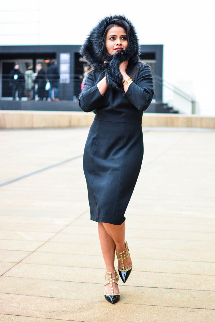 LovePlayingDressup-AdriannaPappell-LittleBlackDress-NehaGandhi-Blogger-NYFW-2