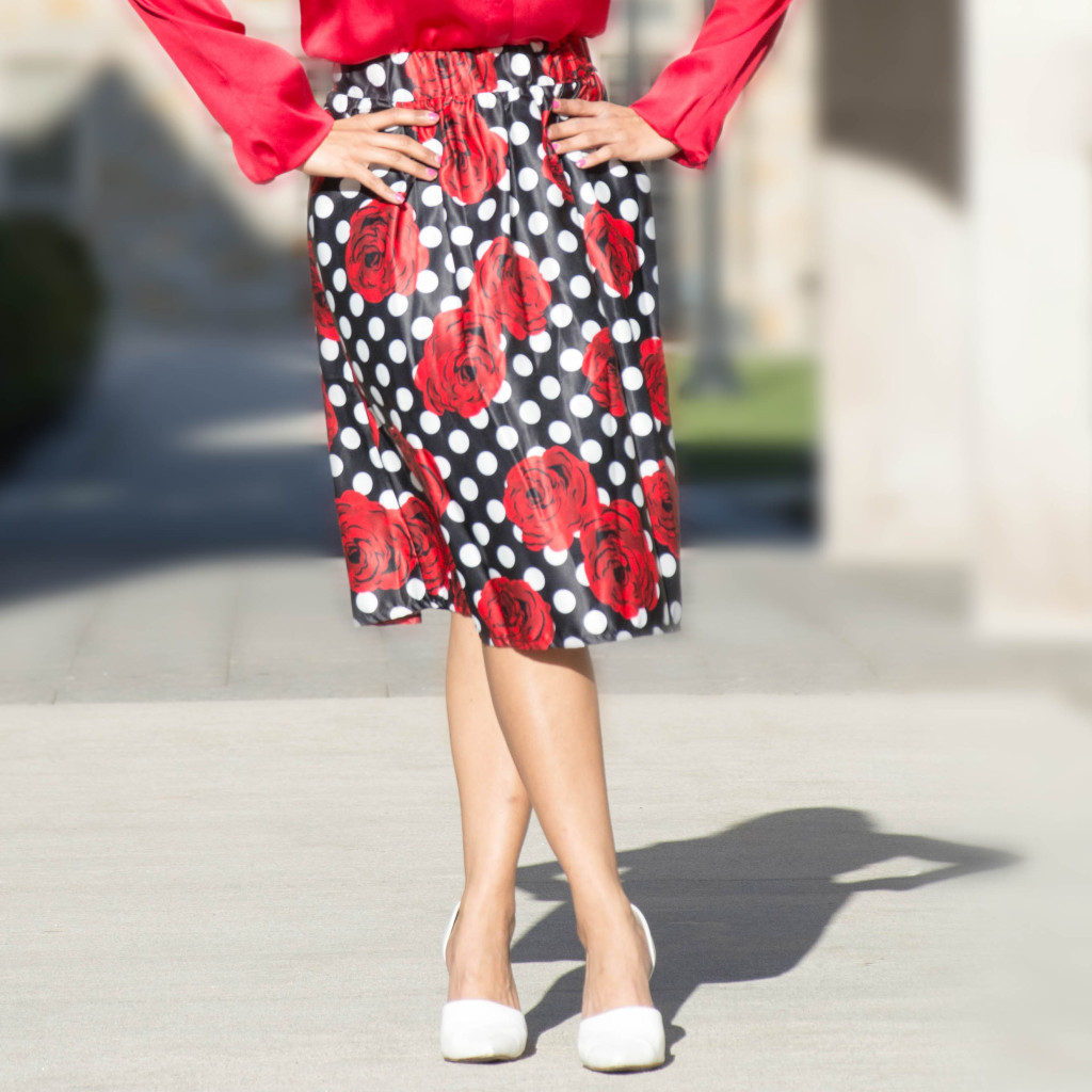 LovePlayingDressup_NehaGandhi_red_floral_skirt-5