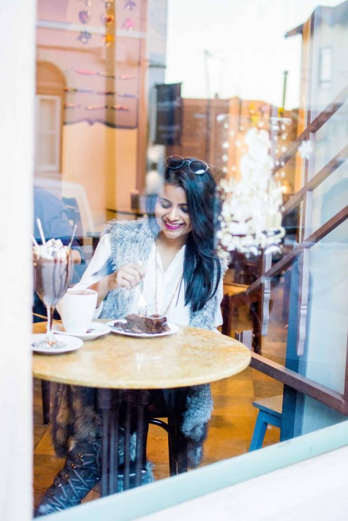 love-playing-dressup-Sintra-Portugal-Travelogue-WilsonLeather-neha-gandhi-Blogger-FurVest-TravelStyle-MukLuks-OOTD11