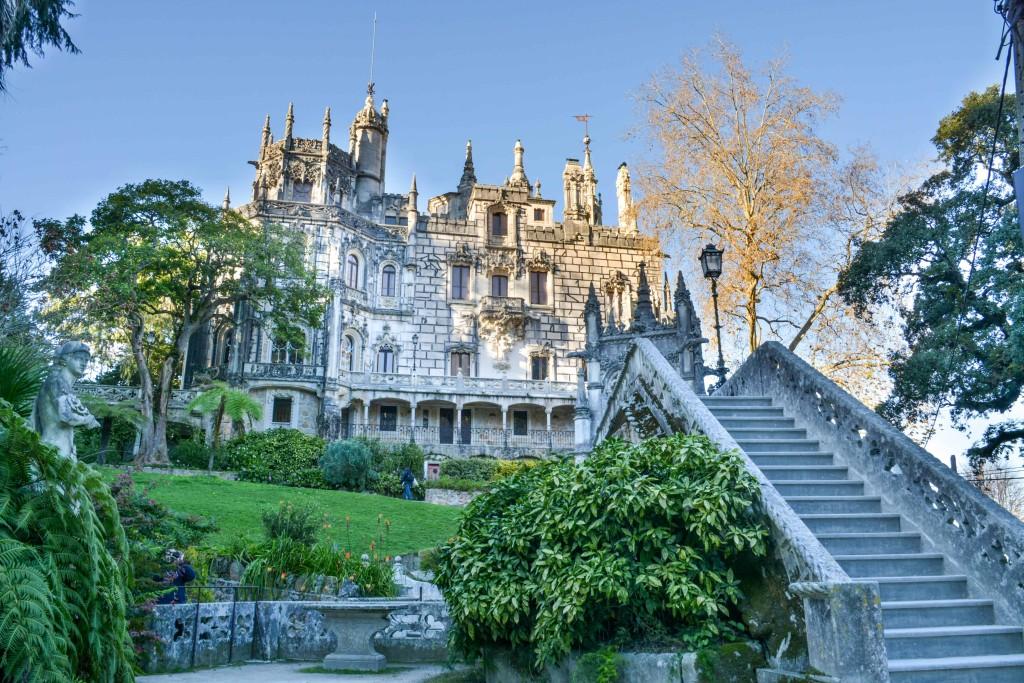 love-playing-dressup-Sintra-Portugal-Travelogue-WilsonLeather-neha-gandhi-Blogger-FurVest-TravelStyle-MukLuks-OOTD16