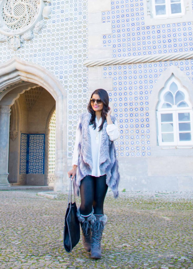 love-playing-dressup-Sintra-Portugal-Travelogue-WilsonLeather-neha-gandhi-Blogger-FurVest-TravelStyle-MukLuks-OOTD2