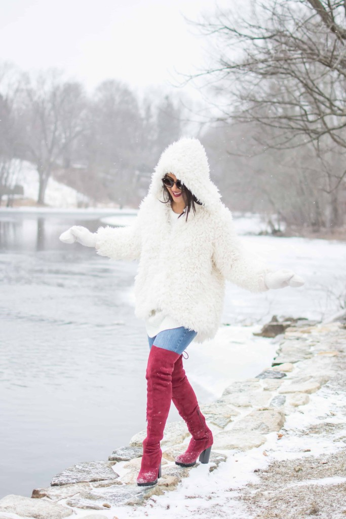 LovePlayingDressup-freepeople-FuzzyCoat-Snow-Photoshoot-Boston-OOTD-OTKboots-fedora.10