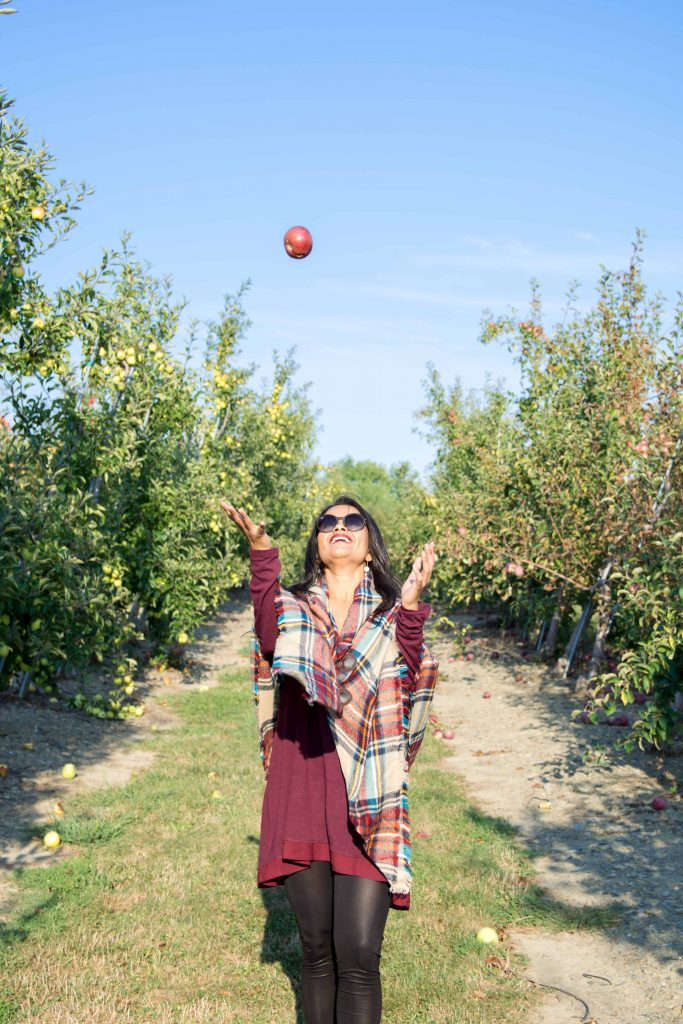 love_playing_dressup_jc_penny_apple_picking-7
